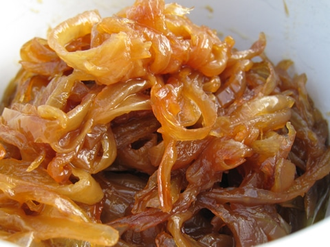 how to cook caramelised onions