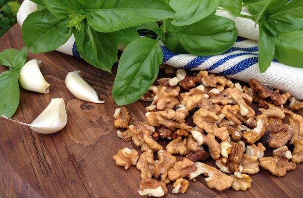 basil walnuts