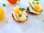 Ricotta Pear Crostini Recipe