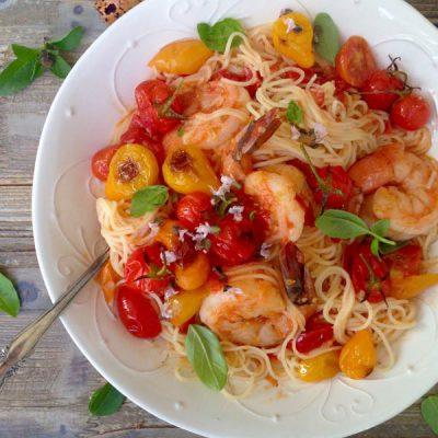 Fresh Tomato Basil Pasta Sauce Recipe with Shrimp & Garlic Capellini