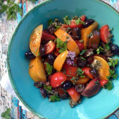 Tomato Puttanesca Salad Recipe