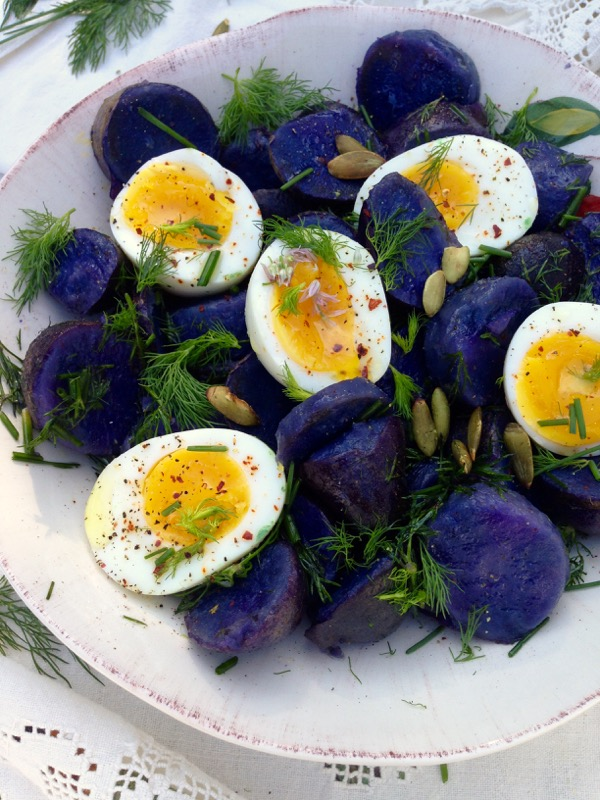 Have you ever a made a purple potato salad ? This is a real thing ...