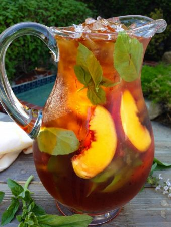 Healthy Skin Peach and Saffron Iced Tea Recipe