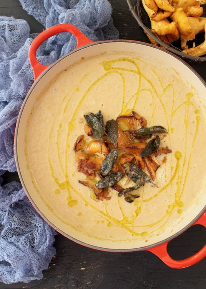 Vegan Creamy Chanterelle Mushroom Soup with Crispy Sage