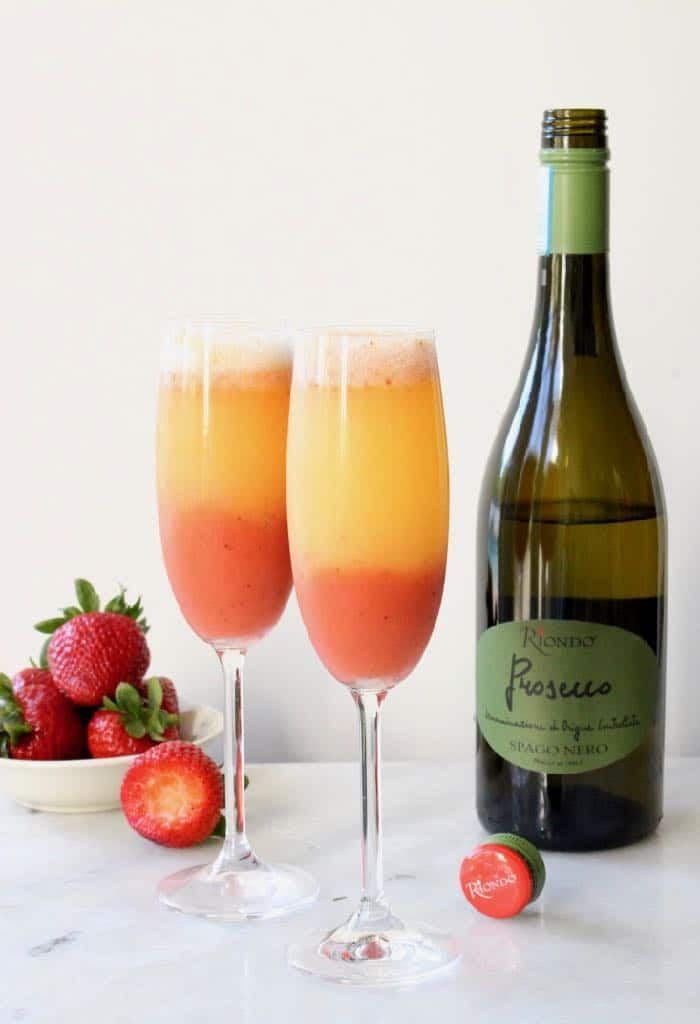 Strawberry Mimosa Recipe with Prosecco Wine.